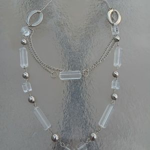 Jewelry - Cute Clear and Silver Color Costume Necklace